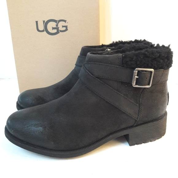5f5a01317d2 UGG Benson Leather Boots Size 9 NWT